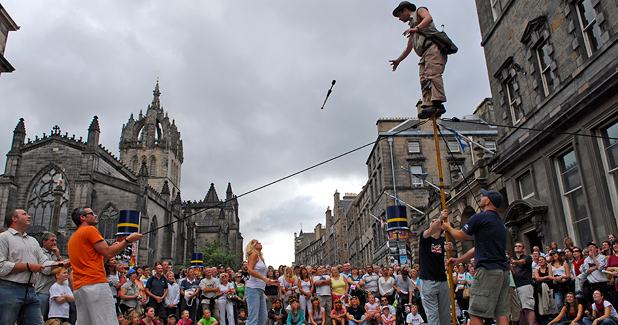 5 Ways To Find Gigs During The Edinburgh Fringe