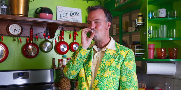 EP102 – Doug Stanhope – How to avoid all industry and build your own fan base.